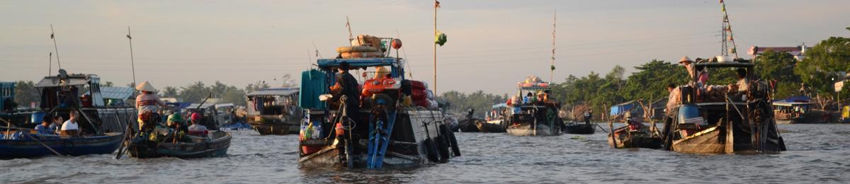 Bateaux sur le Delta du Mekong