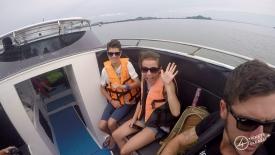 Leo et Chloé dans le Speed Boat !