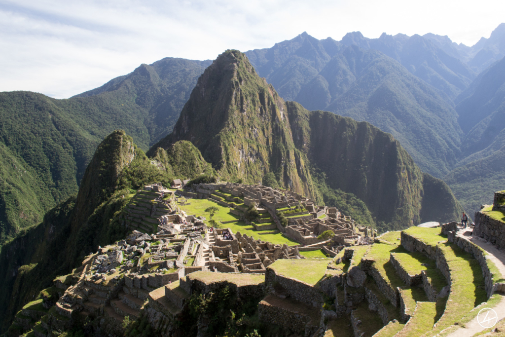 Vue globale sur le Machu Picchu